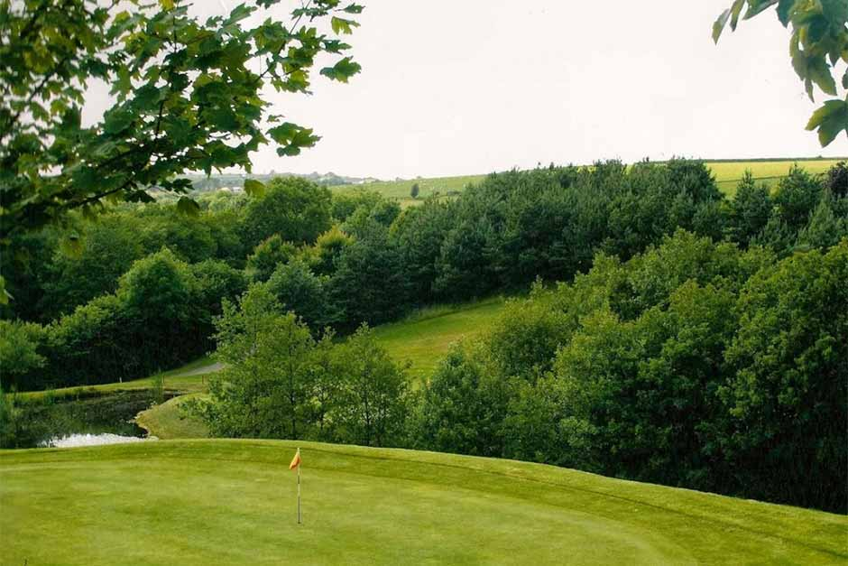 Holiday Cottages Near Golf Courses in North Devon. Libbaton Golf Club
