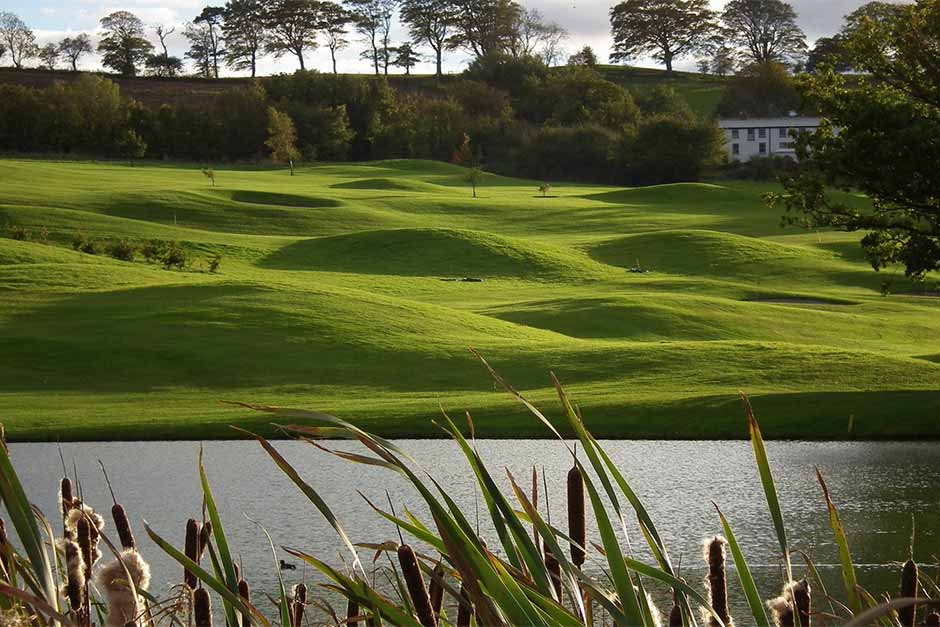 Holiday Cottages Near Golf Courses in North Devon. Portmore Golf Park